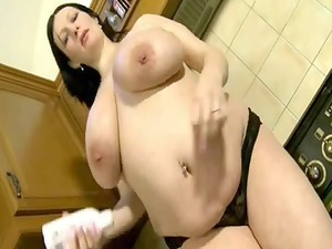 breasty preggy wife