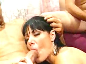 groupsexed milf
