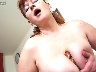 desperate heavy grandma masturbating with her
