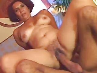 busty ethnic woman prefers raw kitty porn