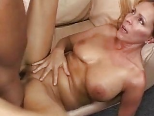 horny albino momma takes her clean nookie