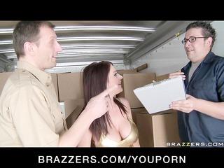 large boob woman brunette pornstar caught doing
