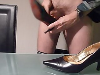 gangbanging with and cumming in wifes high heel