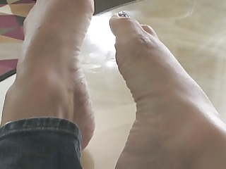 foot like with stunning lady