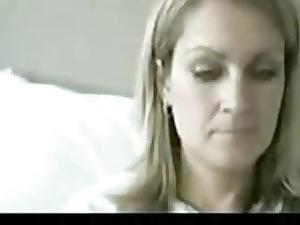 webcam mum obtains exposed
