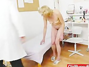 blondhaired gramma bang hole exam
