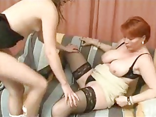 older  woman and chick lesbian games