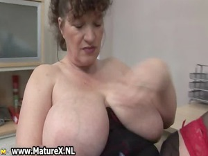 bbw cougar wife with giant