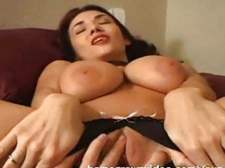 giant titty mature babe left with kitty dripping