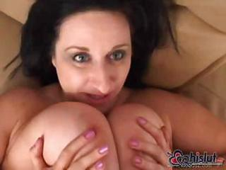 slutty pussy lee is a chunky grownup lady licking