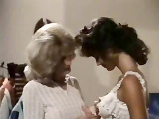 vintage older  lesbian teaches amateur brunette
