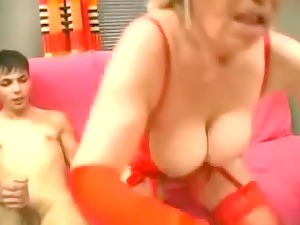 granny in green nylons strapons the lad