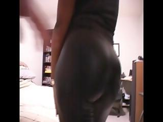 dark mom dressed inside latex takes naked to suck
